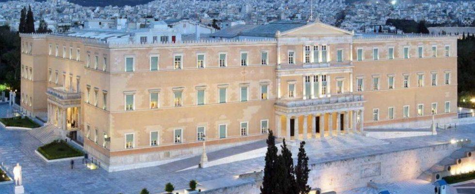 ΑΠΟΚΑΛΥΠΤΟΥΜΕ ΚΑΡΕ ΚΑΡΕ τους πολιτικούς και τα πολιτικά κόμματα που με χυδαίο τρόπο στήριξαν τον Τσίπρα στη Συμφωνία των Πρεσπών