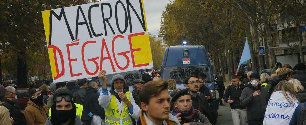 «Καμένος τόπος» το Παρίσι μετά τις διαδηλώσεις