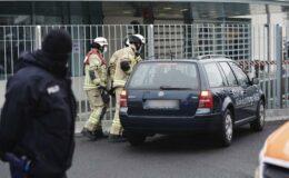 Βερολίνο: Αρνητής της πανδημίας επιχείρησε να εισβάλλει με αυτοκίνητο στην Καγκελαρία
