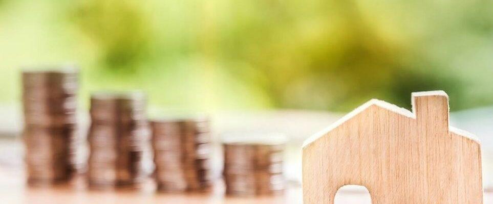 Πώς μοιράστηκαν 5,8 δισ. ευρώ έκτακτες δαπάνες λόγω κορωνοϊού