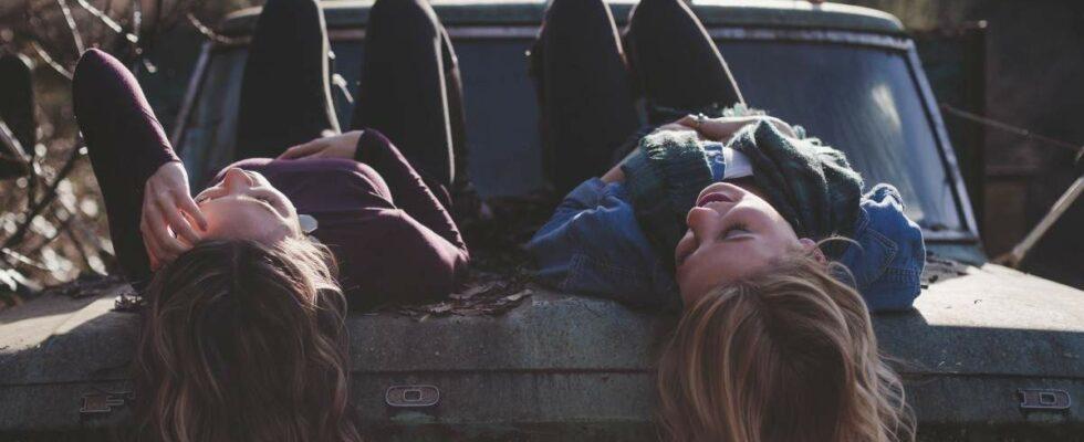 Πως μας επηρεάζει η κοινωνική απομόνωση σχετικά με τις παρέες μας;