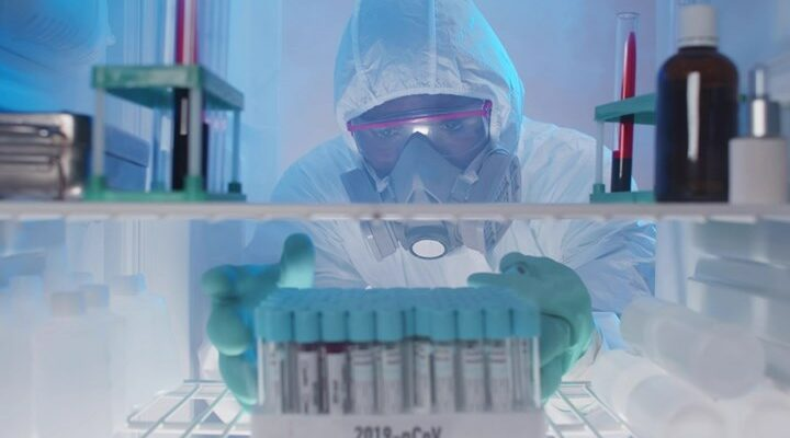 """""""Εκτοξεύτηκε"""" η ζήτηση για υπερκαταψύκτες λόγω των εμβολίων"""