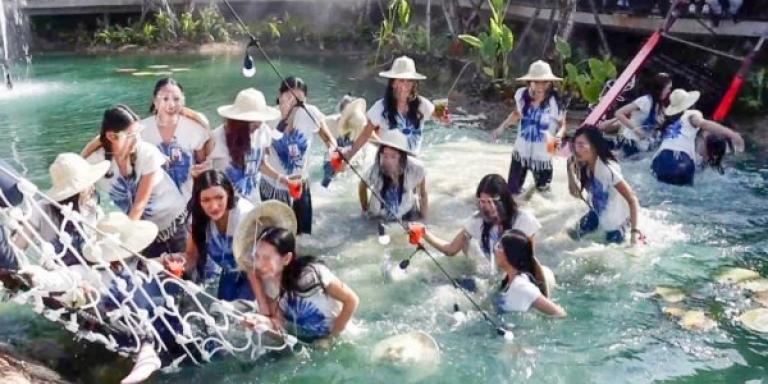 Ταϊλανδή: Κατέρρευσε γέφυρα με 30 καλλονές