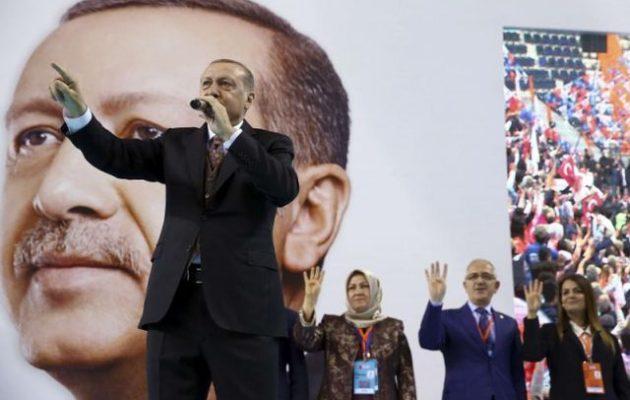 Ο Αχμέτ Ινσέλ απαντά «τι είναι ο Ερντογανισμός;»: Ένα «κράτος φυλών»