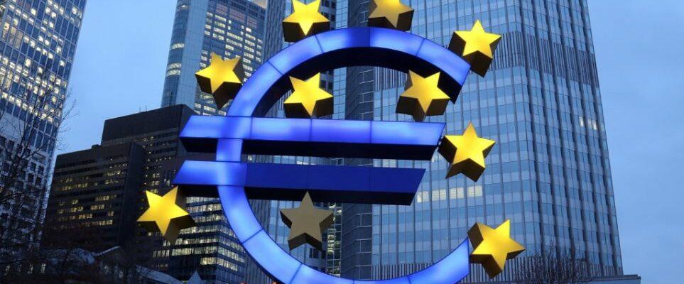 Επιπλέον ελληνικά όμολογα 10-15 δισ. ευρώ θα αγοράσει η ΕΚΤ