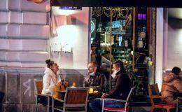 Εστίαση: Οι επιχειρηματίες θα λάβουν έως 5.000 ευρώ για θερμαντικά σώματα στους εξωτερικούς χώρους