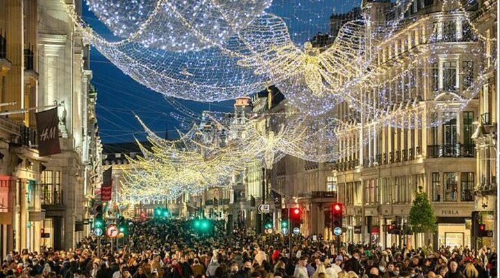 Λονδίνο: Μεγάλος συνωστισμός στους εμπορικούς δρόμους