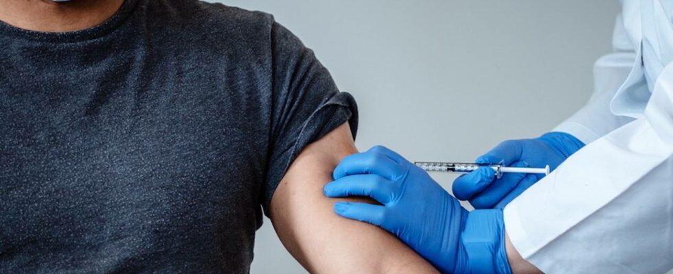 Γιατί όσοι έχουν κάνει εμβόλιο,πρέπει να συνεχίσουν να φοράνε μάσκα