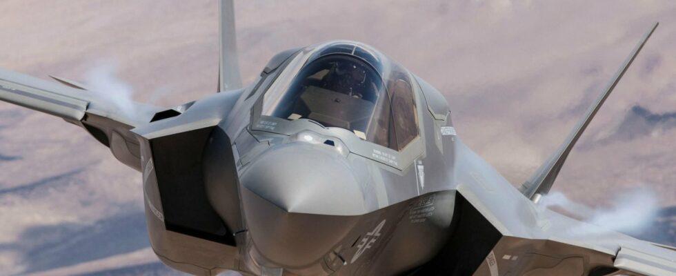 Τούρκος δημοσιογράφος: «Με τους S-400 θα αφανίσουμε τα ελληνικά F-35»