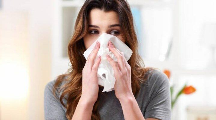 """Πώς ο κορονοϊός """"εξαφάνισε"""" γρίπη και εποχικό κρυολόγημα"""