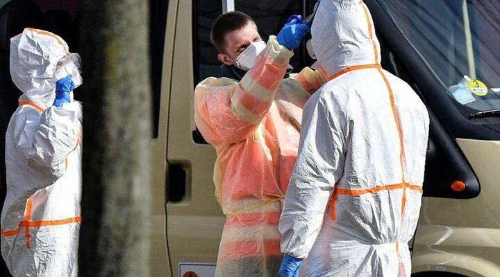 Ανησυχία στη Γερμανία με 31.300 νέα κρούσματα και 702 θανάτους σε ένα 24ωρο