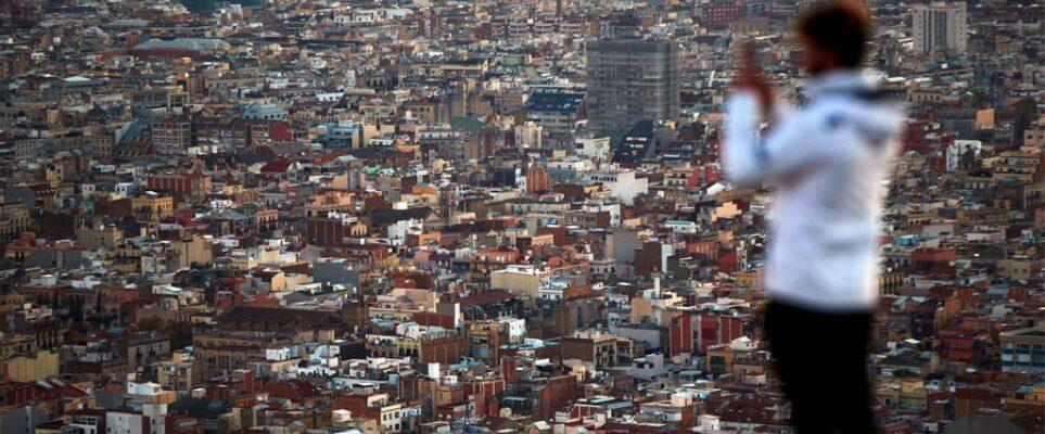 Ισπανία: Μέχρι 10 άτομα στα πάρτι των Χριστουγέννων και της Πρωτοχρονιάς
